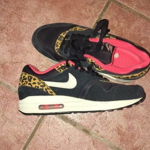 Women's 7 Leopard/black/pink Nike Air Max 1